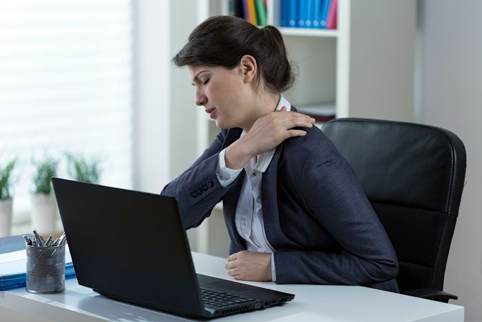 How to Stop Your Computer from Hurting Your Shoulders